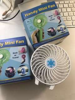 迷你風扇 有手把 再充電 handy mini fan travel desk