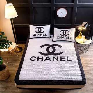 Cadar VIRAL Chanel White