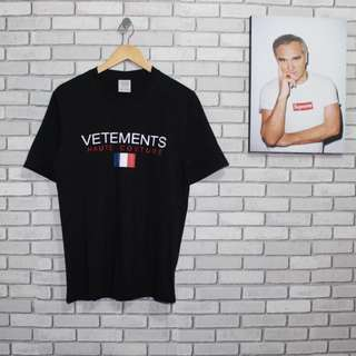 VETEMENTS TEE