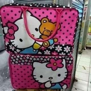 Promo travel bag kanvas ambil 3 pcs 75*3 pcs ambil 1 pcs 90 rb ambil 2 pcs 85*2 pcs promo besar besar