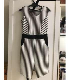线条修身连身裙 New Elastic Dress