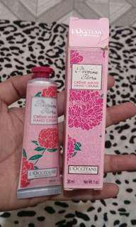 🌻L'occitane Hand Cream