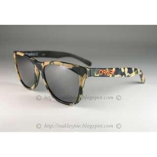 efe2d08336796 BNIB Oakley Custom Frogskins LX Eric Koston matte camo + black iridium  sunglass shades