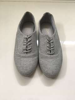 Gray Oxfords (US 8.5)