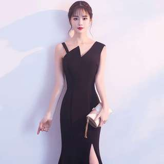 Black slit classy dinner dress (rent)