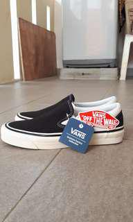 Vans classic slip on black white (anaheim factory)