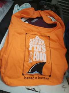 Bread and butter口水肩