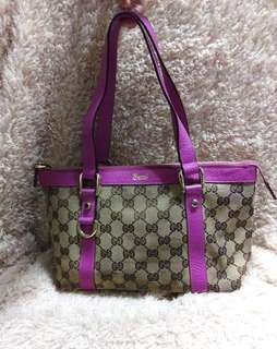 Gucci shoulder bag 可上膊