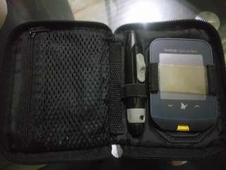 Freestyle Optimus Neo Glucometer