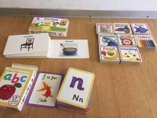 Bundle: Flash cards and board books