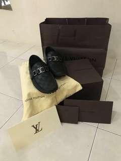 (好康)Louis Vuitton路易斯威登 男士经典棋盘格平底鞋商务休闲驾车鞋👟5 1/2号