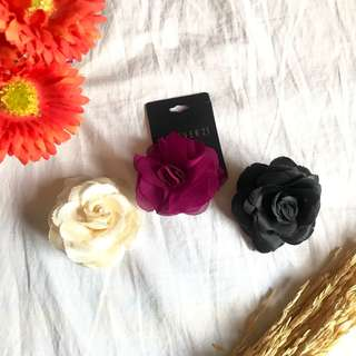 Forever 21 Flower Hair Accessory Pins 1 pc for Php 60, set of 3 for Php 150 good as brand new