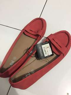 RUBY FLAT SHOES