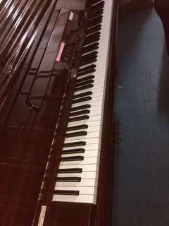 Yamaha Piano model P116 Made in Japan