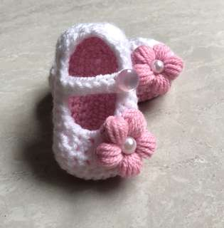 Crochet Dual Colour Baby Shoes