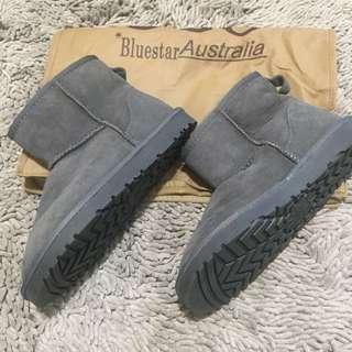 Brandnew Classic Mini Boots