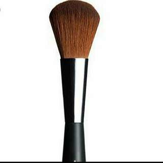 Bn The Body Shop Face & Body Brush makeup