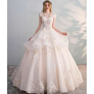 Wedding Collection - European Style Short Sleeves Layers 1 Meter Long Tail Wedding Gown