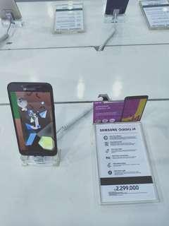 Samsung J4 promo bebas biaya admin, cicilan di Home Credit