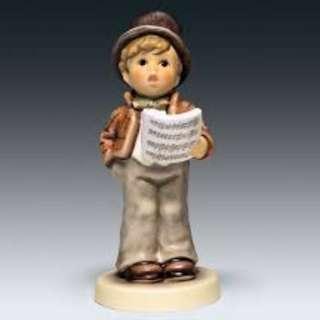 "Goebel Hummel Figurine ""Lamplight Caroler"" #847 TMK 8"