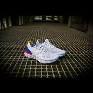 🚚 Nike 飛線跑鞋