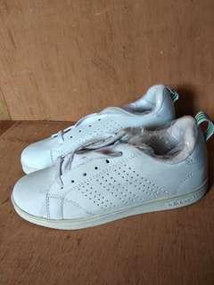Adidas Advantage Size 40 - BACA DESKRIPSI