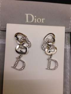 100% Authentic Dior Crystal Earrings極新淨閃石耳環