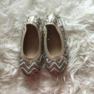 PL! Sepatu Manik-manik
