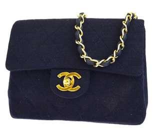 💟罕有貨- Authentic Chanel Canvas Leather