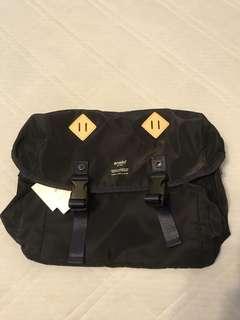 anello 黑色絹質地單孭袋