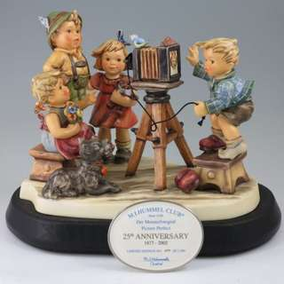 "Goebel Hummel Figurine ""Picture Perfect"" 25th Anniversary Edition"