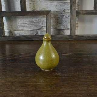 民國風格茶葉釉鼻煙壺