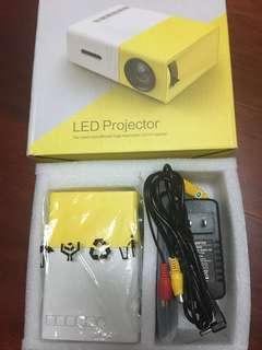 🚚 全新LED投影機