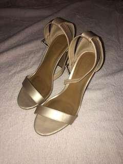 Rose gold rubi heels