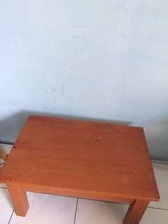 Meja kayu murah