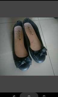 🚚 黑色娃娃鞋 23.5號
