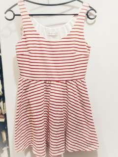 🚚 Dressy daisy 紅白條紋洋裝