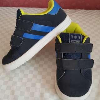 Sepatu Anak Toe Zone