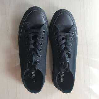 Authentic Converse Chuck Taylor Black