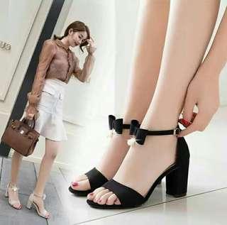cute korean.sandals with ribbon