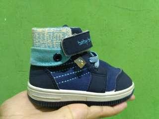 Sepatu anak merk bata (bubblegummers)