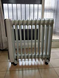 🚚 義大利DELONGHI 填油式電暖器(11片)