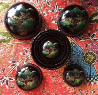 Vintage 5 Pieces Hand Painted Nested Lacquer Round Box