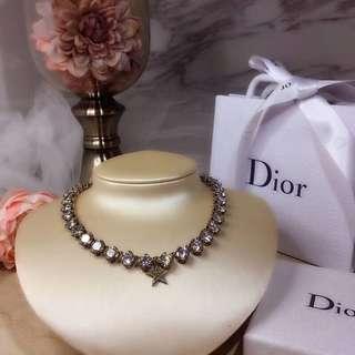 Dior 克拉鑽頸鏈
