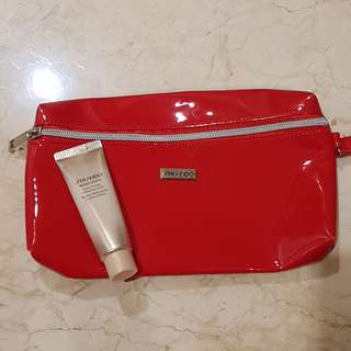 Shiseido Benefiance Extra Creamy Cleansing Foam Travel size + beauty pouch