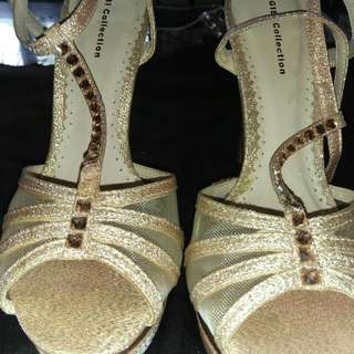 Gibbi collection gold shoes