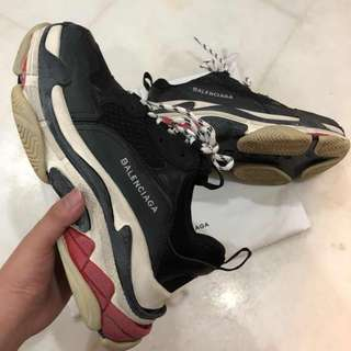 Balenciaga triple S (1:1 PK VERSION)