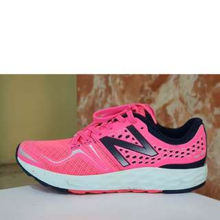 New Balance Fresh Foam Pink