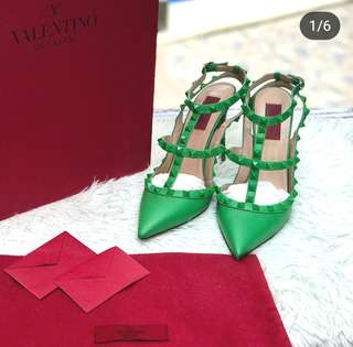 Valentino High In Green s38 ❤️MARK DOWN SALE P26k ONLY❤️ ✖️✖️P33k✖️✖️ In excellent condition With box cards and dustbag Swipe for detailed pics