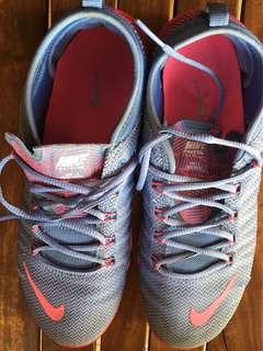 Nike Women's Free 1.0 Cross Bionic